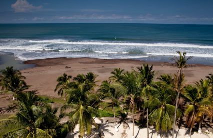 """I Live Steps Away from the Beach in Costa Rica"""
