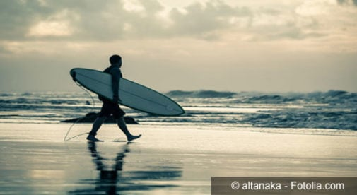 surfing-in-Costa-Rica