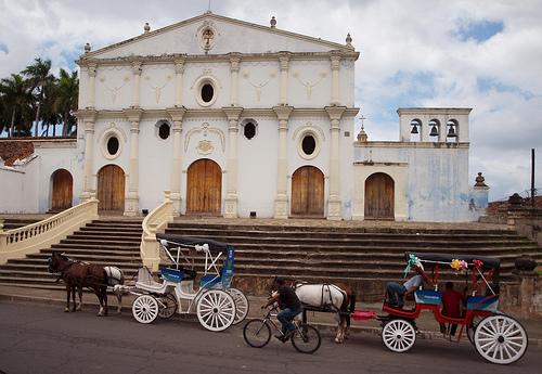 Horsedrawn carriages in Granada, Nicaragua