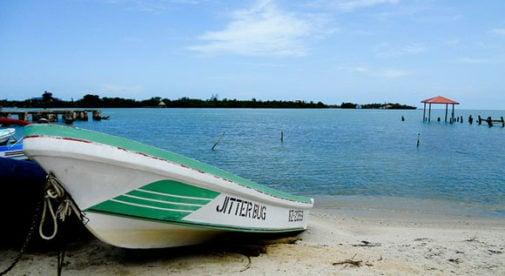 placencia-boat