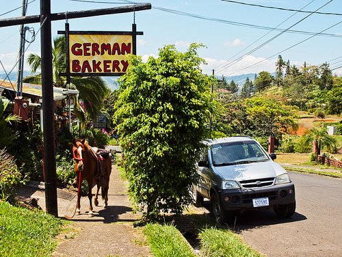Buying a Car in Costa Rica: 8 Tips