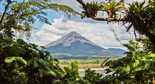 lake-arenal-lifestyle