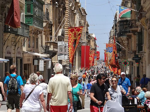 If you're looking for urban living in Malta, with access to shops, theaters, restaurants—and all of these in a physically beautiful city—there's nothing that can touch Valletta.