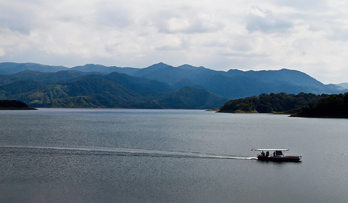 Lake Arenal has hardly any boat traffic. But residents and visitors are welcome to get out on the water and sail, windsurf, fish, and boat.
