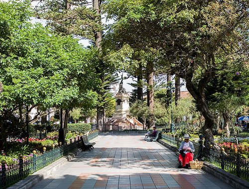 Parque Abdon Calderon is the main plaza in Cuenca where people come to enjoy the surroundings and people watch.