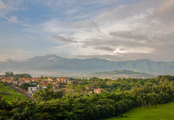 The Benefits of Living in San José, Costa Rica