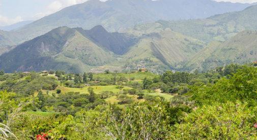 ecuador-hills