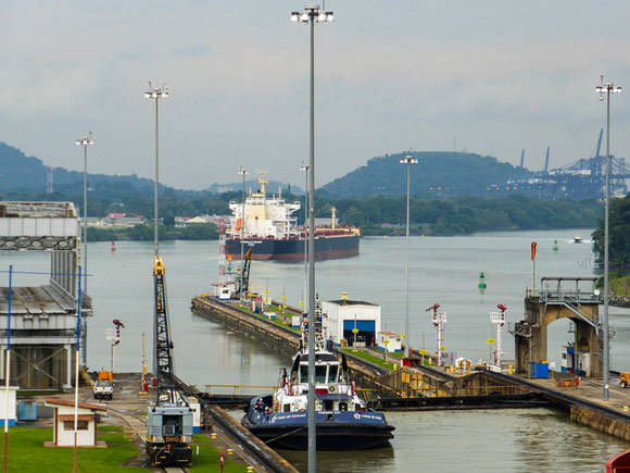 Explore the Panama Canal by Boat