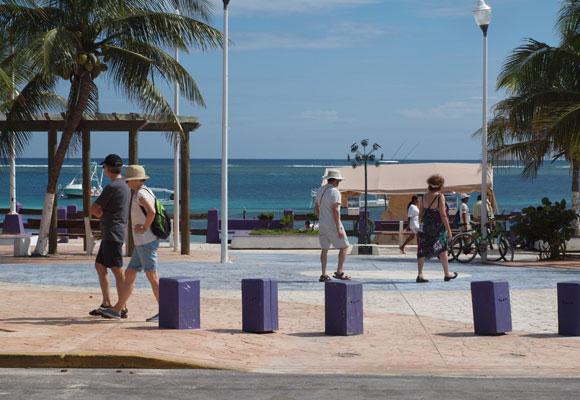 Puerto-Morelos-Mexico-Slideshow-1