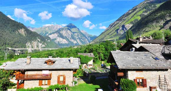 A Charming Life in Italy's Alluring Alps for $2,000 a Month