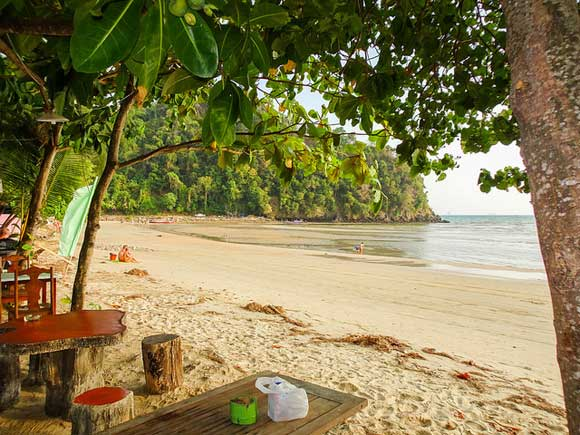 The Top 3 Beaches in Thailand for the Perfect Retirement by the Sea