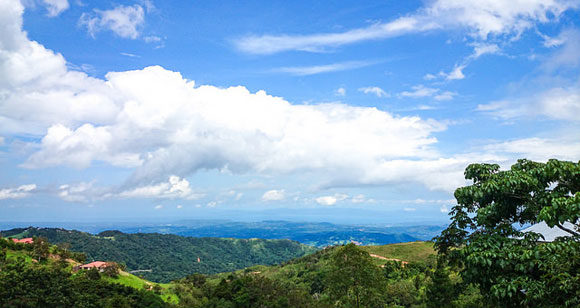 Discover a Typical Expat Day in Costa Rica's Central Valley