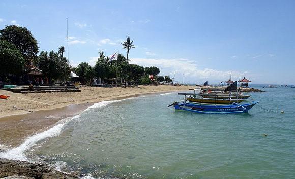 Live in Bali, Indonesia