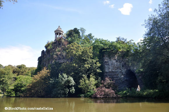 Discover Waterfalls and Roman Temples in This Hidden Paris Park