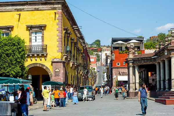 Discover the Pleasures of Strolling Colonial San Miguel de Allende