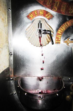 page-4-wine-fountain-spain-credit-danilo-monguiello-dreamstime-com