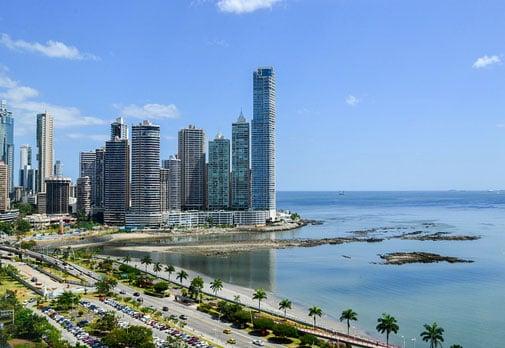 Video: Come Take a Walk in the Sun Along Panama City's Bay