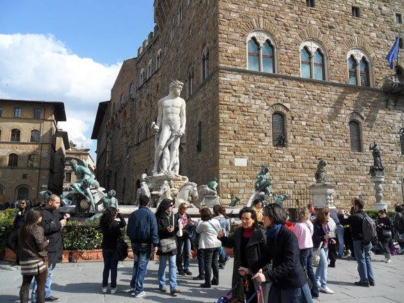Florence, Italy Move Overseas