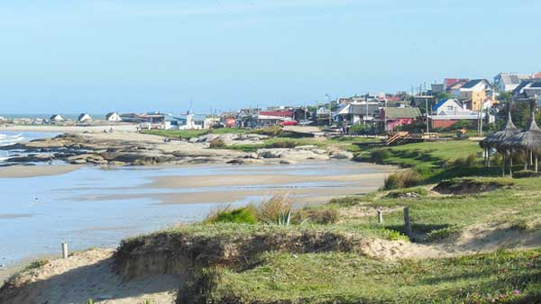 living in coastal towns in uruguay