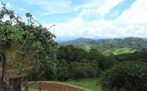 Culture, Coffee, and Natural Riches in Costa Rica's Central Valley