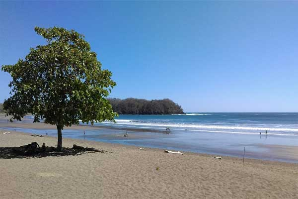 Life's a Beach in Panama—From $800 a Month