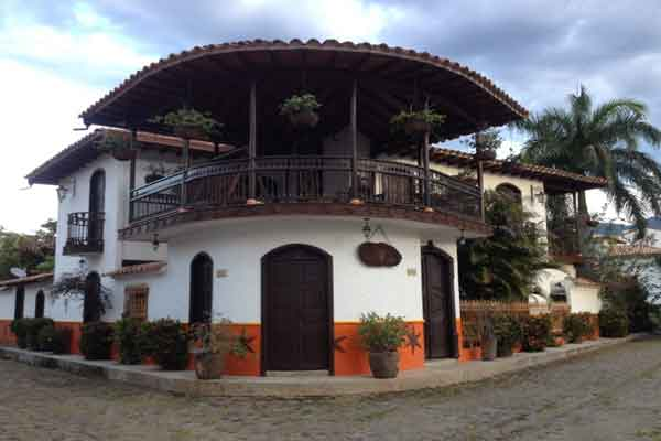 Step Back in Time in Cauca Viejo