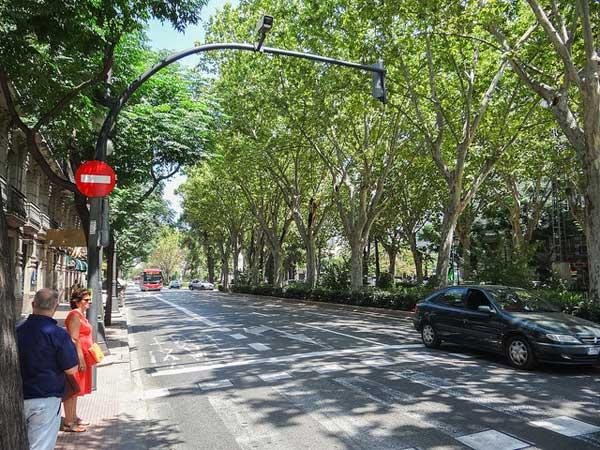 Ensanche's broad boulevard