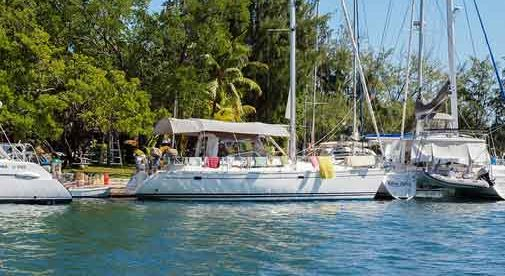 A Retirement by the Water on Caribbean Roatan
