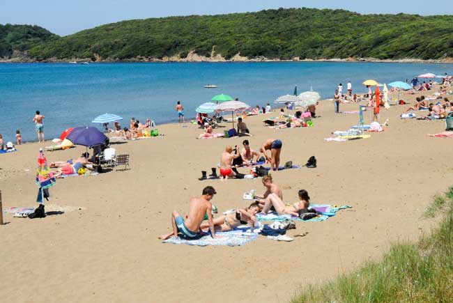baratti beach tuscany