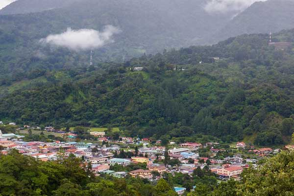 Boquete is nestled amid lush forests in the Panamanian mountains