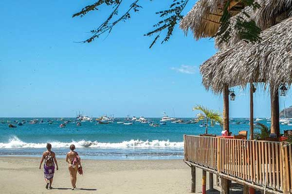 San Juan del Sur's stunning beaches are great for socializing with friends
