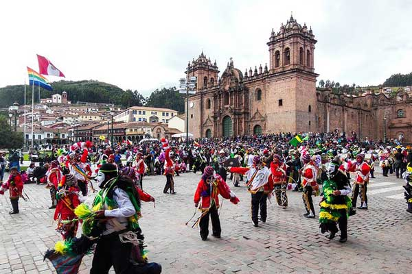 Social Conventions in Peru