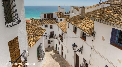 Altea, Spain is Filled With Charm, Sun, and Fellow Expats