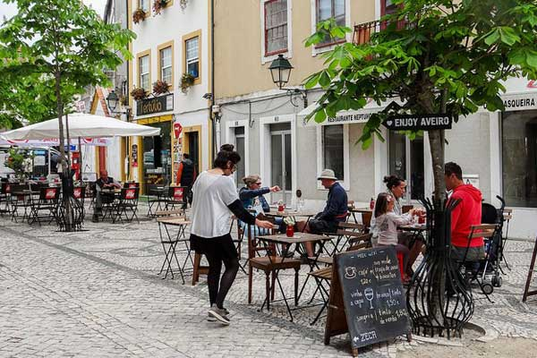 Aveiro's terraced cafés are great places to relax and unwind