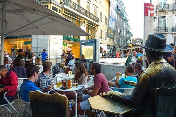 Lisbon's café bar culture