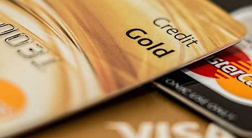 5 Tips for Safely Using Your Credit Card Overseas