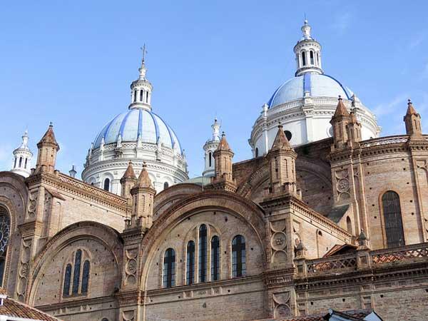 retire early to cuenca ecuador