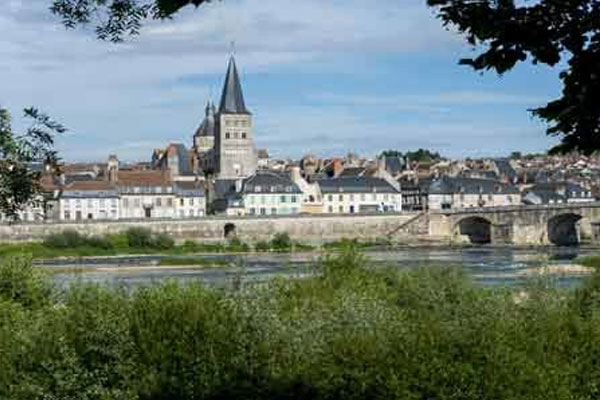 affordable villages of Frances Loire Valley