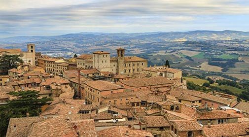 The Best Hill Towns in Umbria: Todi, Città della Pieve, and Città di Castello
