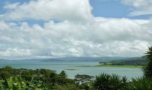 A Dream Retirement in Affordable and Ecological Nuevo Arenal, Costa Rica
