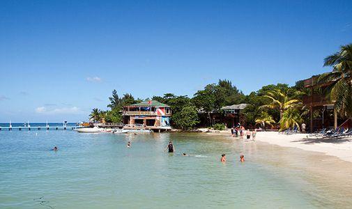 Caribbean Paradise in Roatan for $160,000