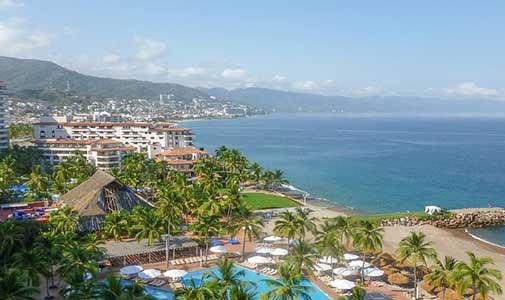 5 High Culture Overseas Beach Towns