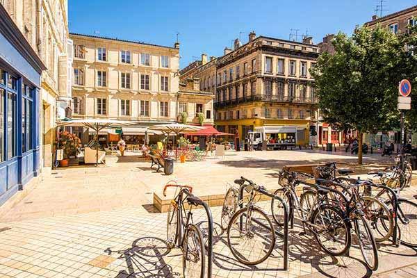 Retire in Bordeaux