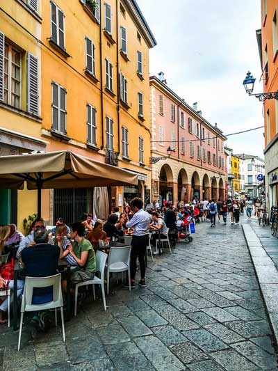 restaurants in parma italy