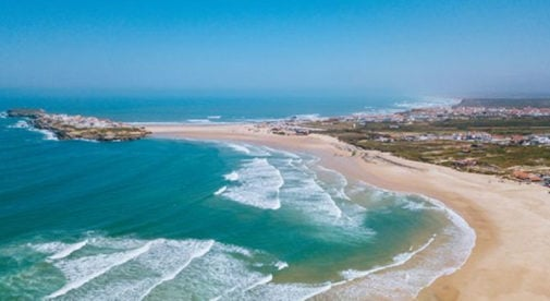 beach in peniche