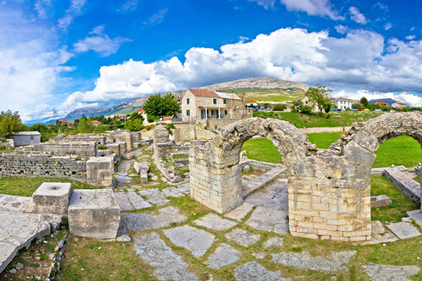 Ancient ruins of Solin view