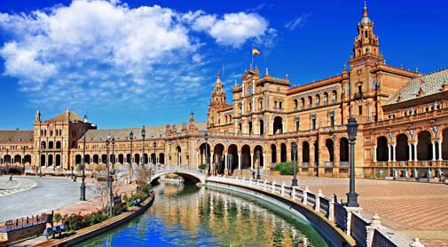 Discovering Seville by Getting Lost in Adventure