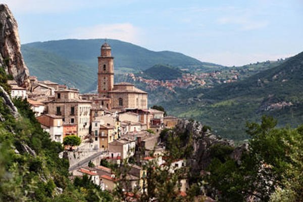 3 Reasons Why Abruzzo, Italy is a Must-See Destination