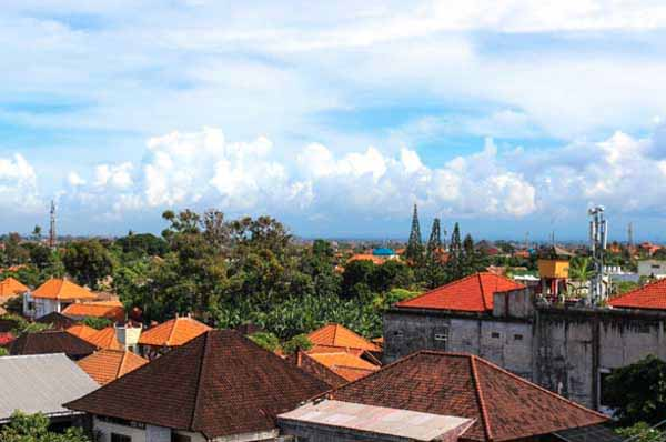 sanur housing and things to do