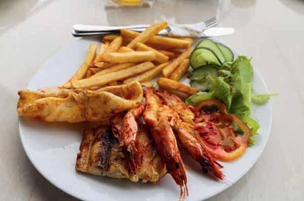 restaurant food in sanur